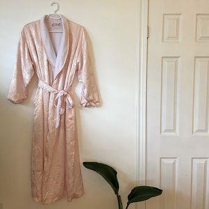 Vintage Vanity Fair Robe